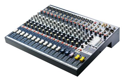 Soundcraft EFX12 Multi Format Console