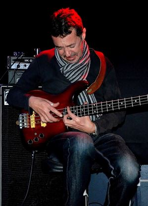 Tony Annese - Guitar and Bass Teacher