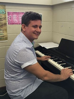 Stefan McRoberts - Piano and Keyboard Teacher