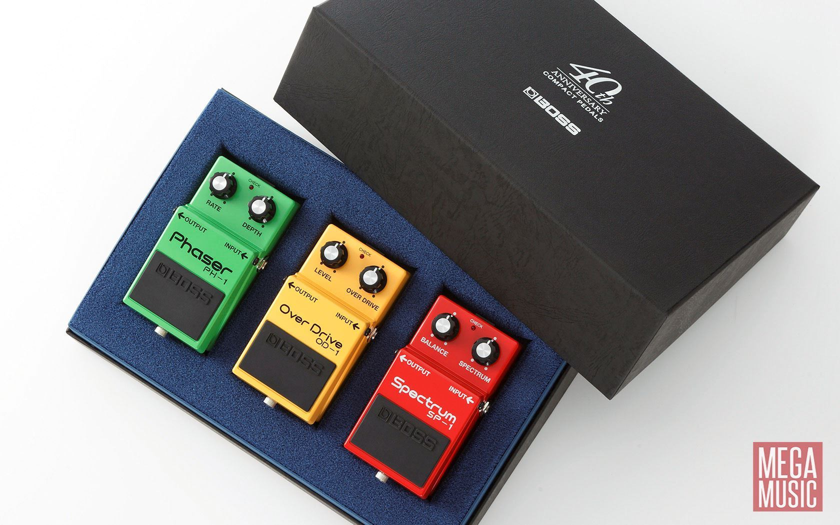 boss box 40 compact pedal 40th anniversary set of 3 classic guitar effects pedals box40. Black Bedroom Furniture Sets. Home Design Ideas