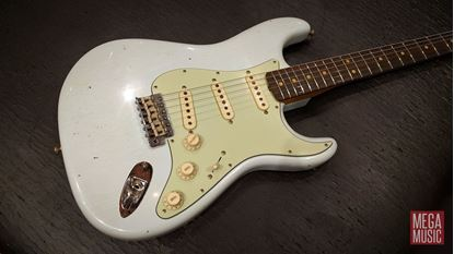 Fender Custom Shop 1963 Stratocaster Journeyman Relic Electric Guitar Faded Sonic Blue - front