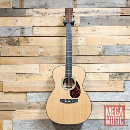 Martin 000 14 Custom Shop Western Australian Jarrah Acoustic Guitar Front