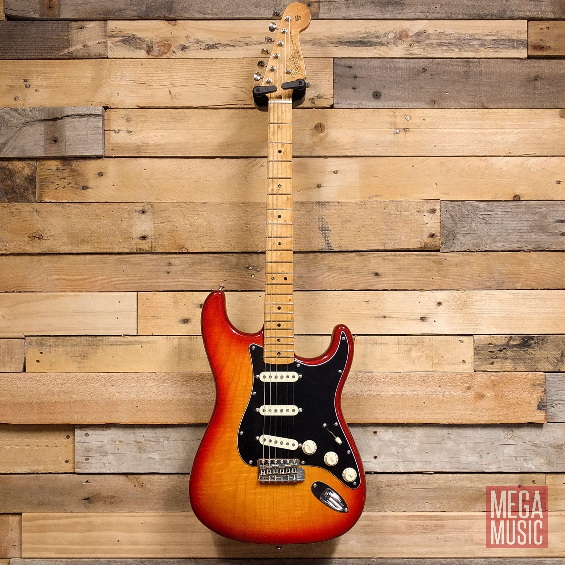 Fender 2019 Rarities Collection Flame Ash Top Stratocaster Plasma Red Burst