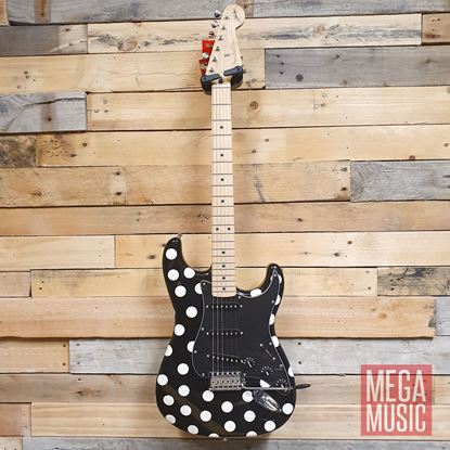 Fender Buddy Guy Signature Stratocaster Electric Guitar Maple Neck Polka Dot Front