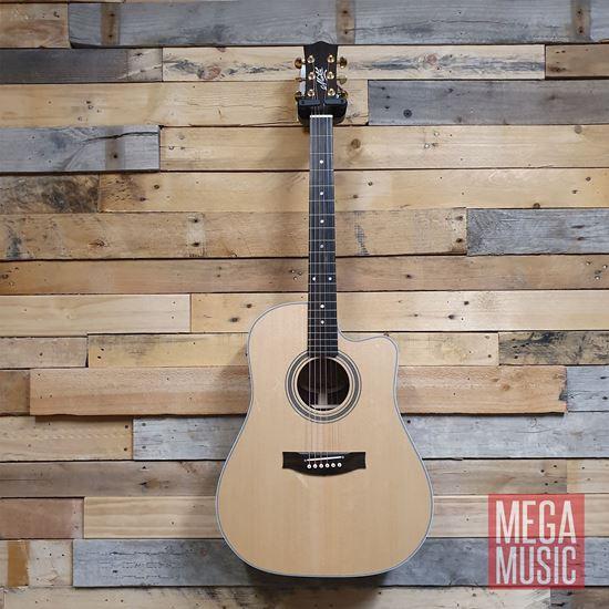 Maton ER90c Acoustic Guitar Front w/o Pickguard