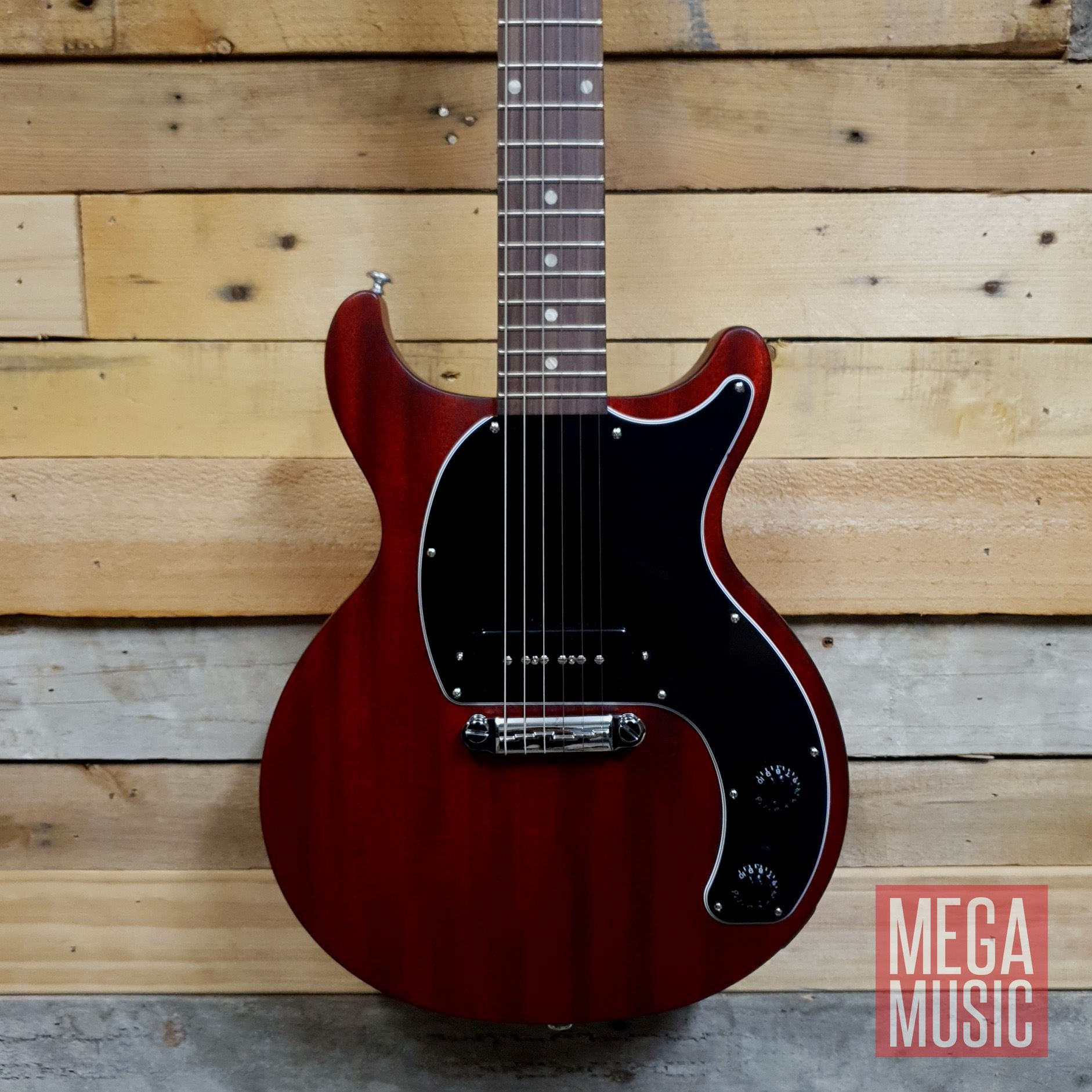 Gibson Les Paul Junior Tribute Double Cut Electric Guitar - Worn Cherry - Front Body