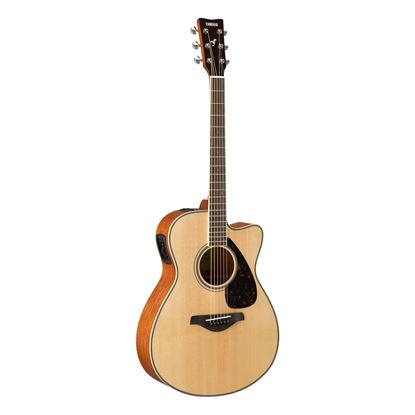 Yamaha FSX820C Dreadnought Acoustic Guitar with Solid Spruce Top in Natural